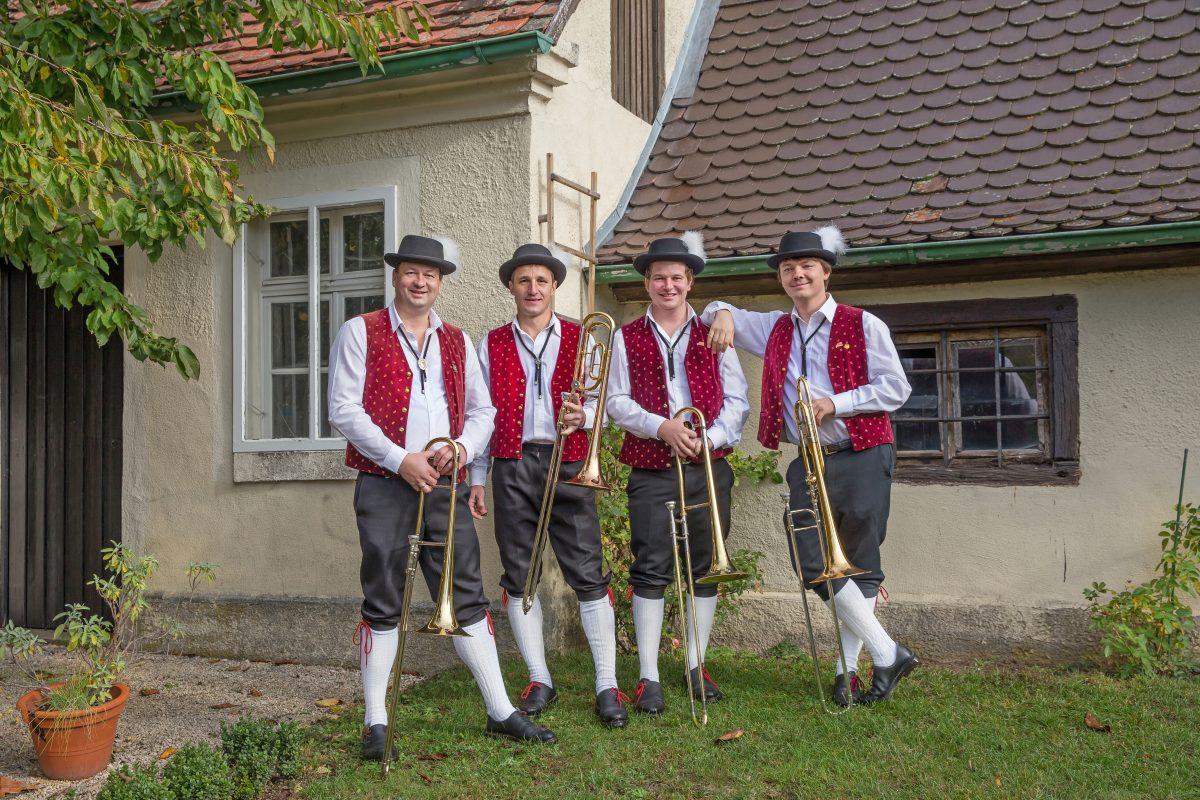 Posaune: Reinhold Christ, Rolf Raaf jun., Elia Baisch und Josef Vaas